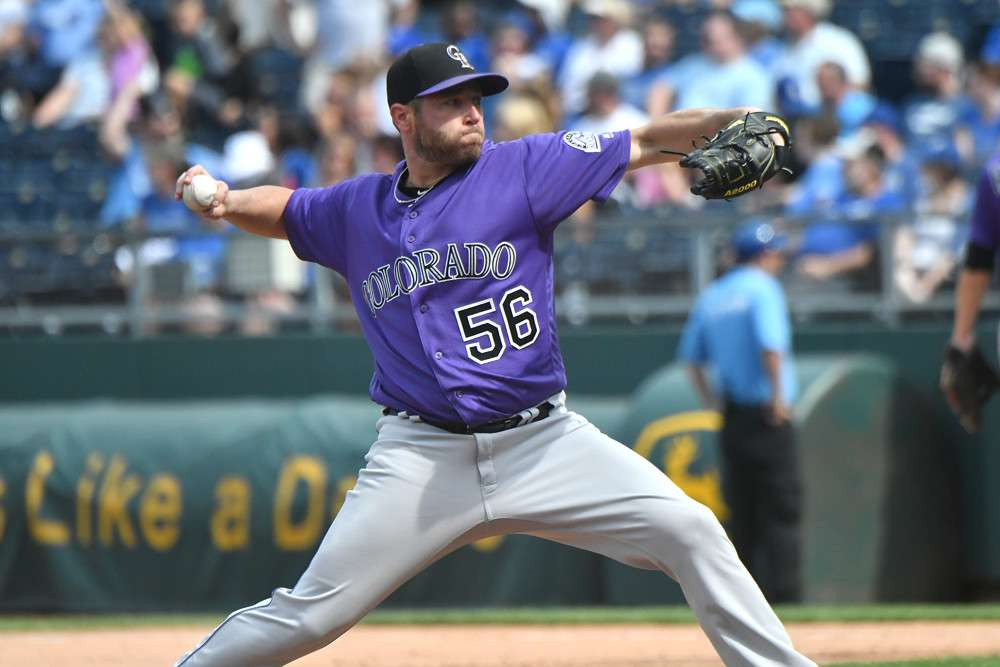 Cardinals Sign Greg Holland on Opening Day