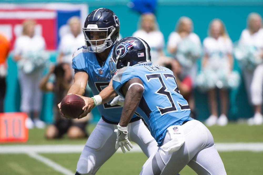 Week 7 Running Back Sleepers: Dion Lewis Can\'t Lose | FantraxHQ