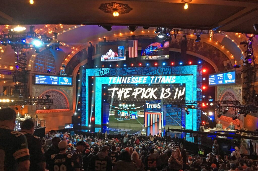 2020 NFL Draft First Round Mock