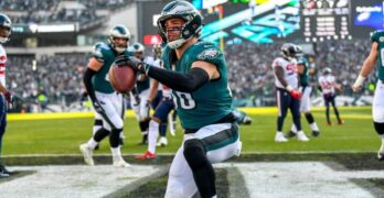 Dynasty Fantasy Football: Zach Ertz, When to Hold and When to Fold